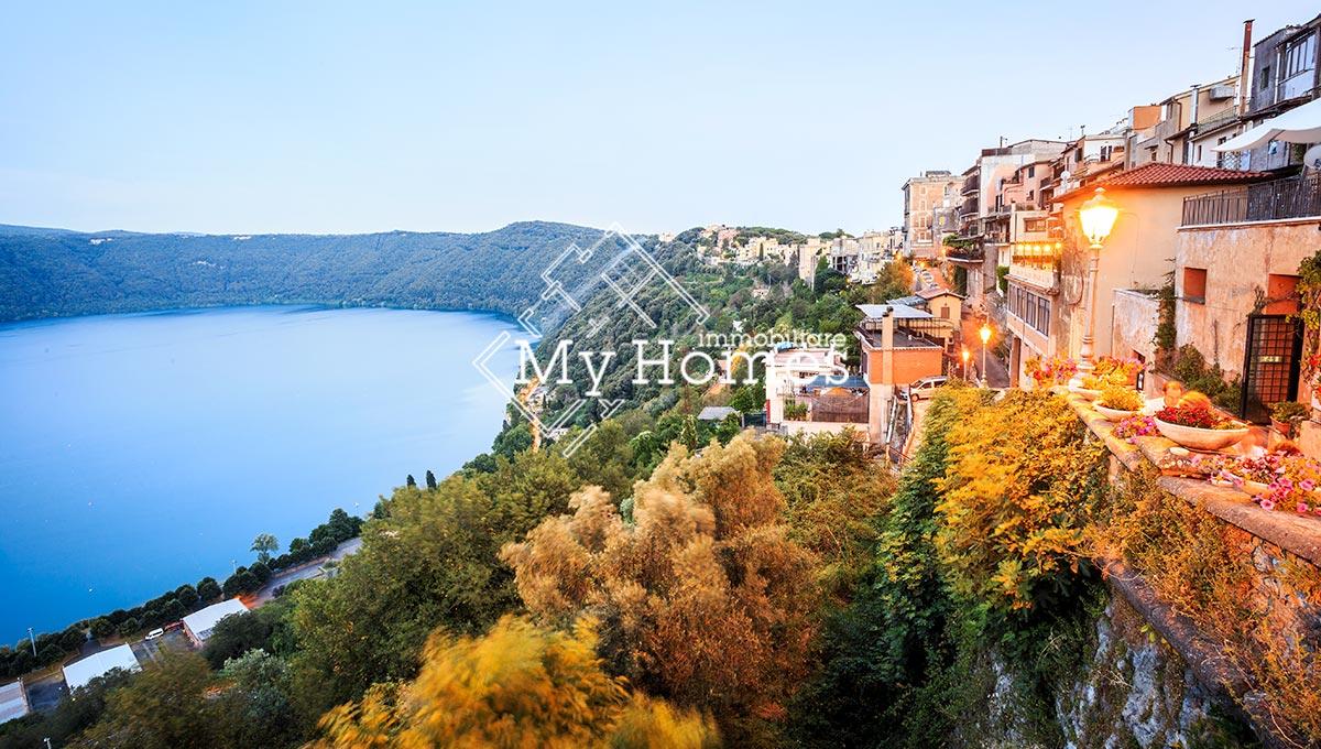 Villa con vista sul Lago di Castel Gandolfo