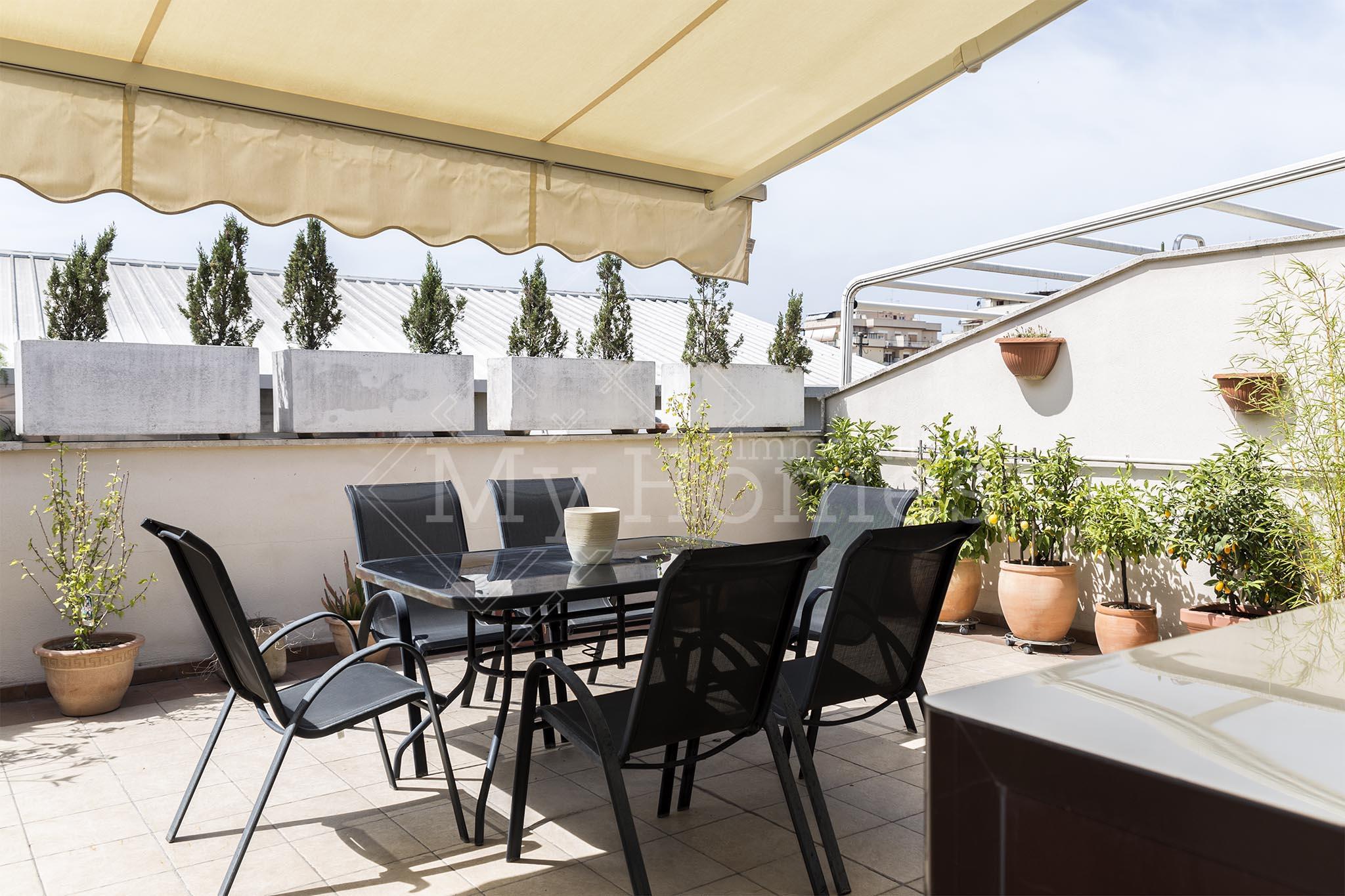 Appartamento Via Silicella, Casilino