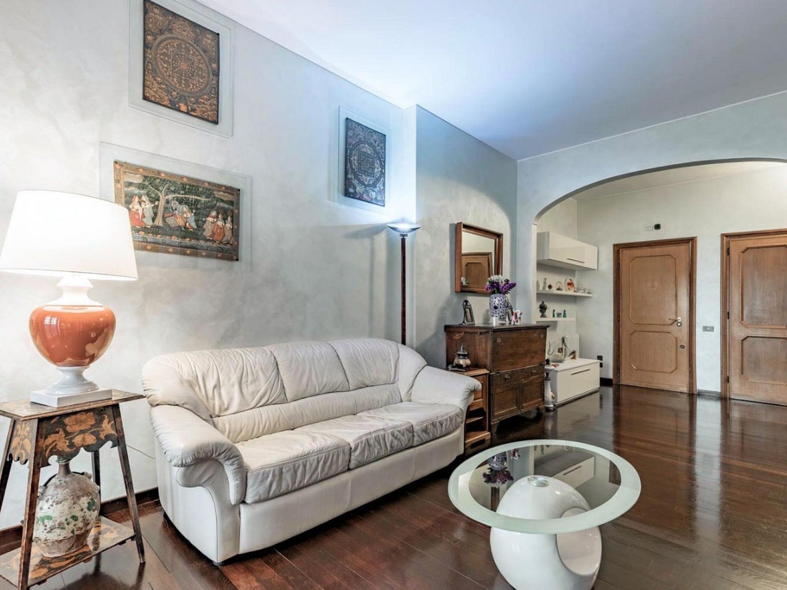 Appartamento Via Leopoldo Serra, Testaccio
